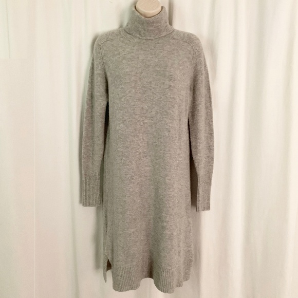 J. Crew Dresses & Skirts - J. Crew Turtleneck Dress in Supersoft Yarn